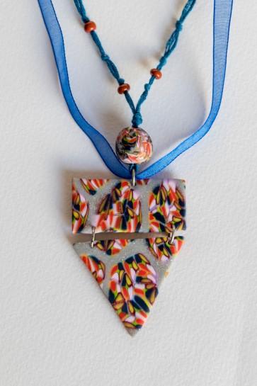 Trikotnik ogrlica