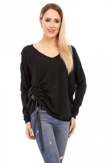 pulover Nikole
