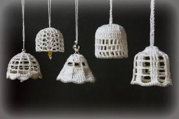Božično-novoletni okraski, zvončki, beli