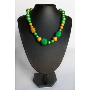 kvačkan modni dodatek, zelena ogrlica